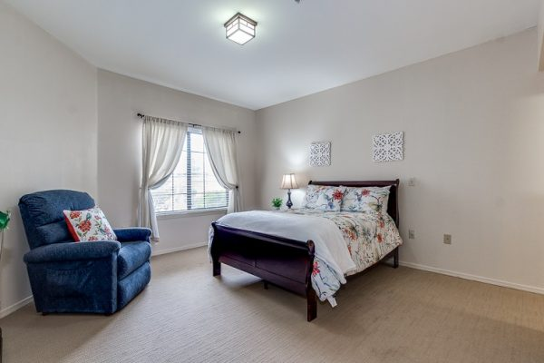 Model bedroom in Hawthorn Court at Ahwatukee