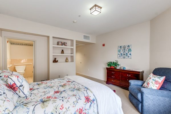 Hawthorn Court at Ahwatukee model aprtment bedroom