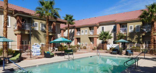 Acacia Springs swimming pool