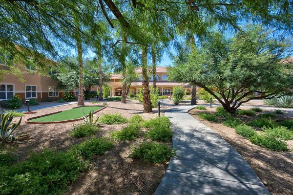 Walking trails on the grounds of Sierra Del Sol Memory Care