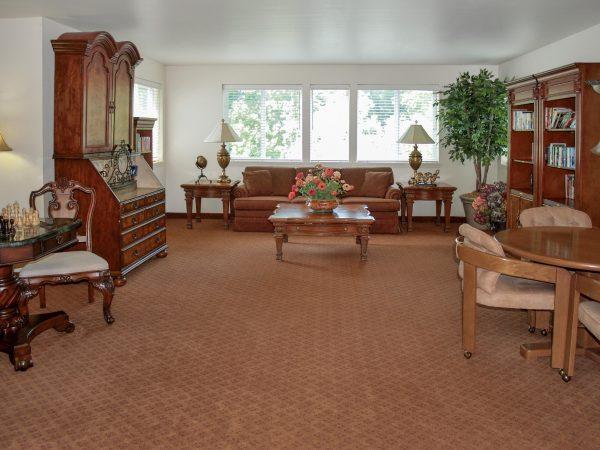 Resident living room in Rocky Ridge