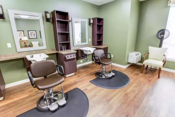 Beauty salon and barber shop in The Groves, A Merrill Gardens Community
