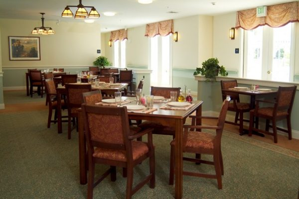 Cape Cod Senior Residences community dining room