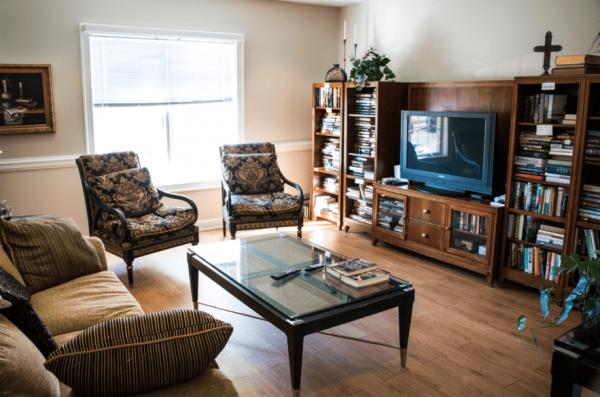 Arbor Ridge at Kernersville apartment home living room