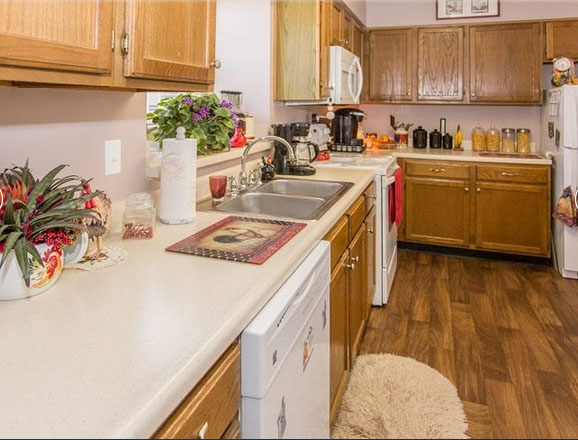 Country Club Village model aprtment kitchen
