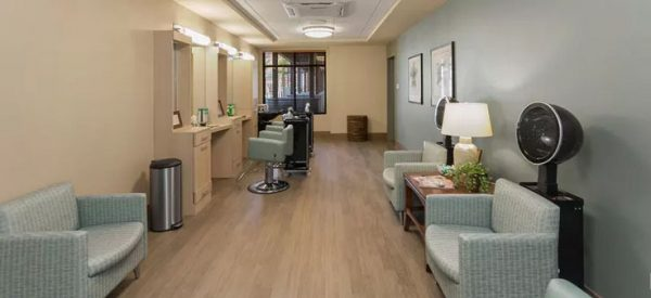 Merrill Gardens at Anthem beauty salon and barber shop