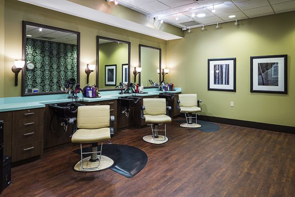 Danberry At Inverness resident salon and beauty parlor