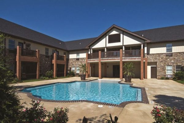 Discovery Village At Sugarloaf outdoor swimming pool and back porch and balcony