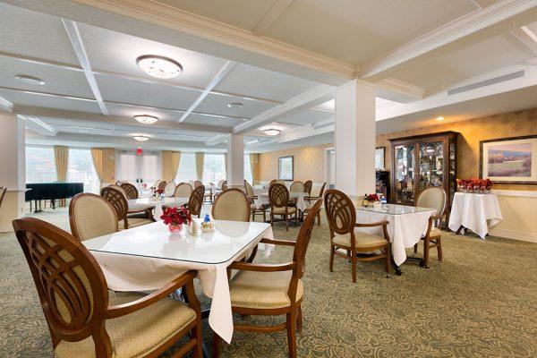 Palos Verdes Senior Living community dining room