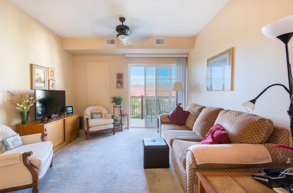 Mountain Park Senior Living model apartment living room