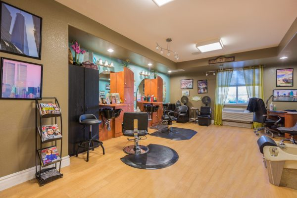 Beauty salon and barber shop in Mountain Park Senior Living