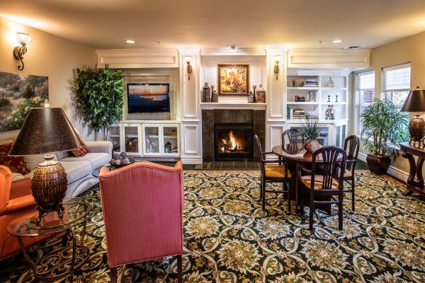 Preston Pointe resident lounge