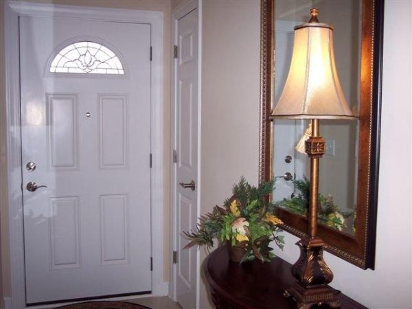 Foyer and entry door in a unit at The Glens at Birkdale Commons