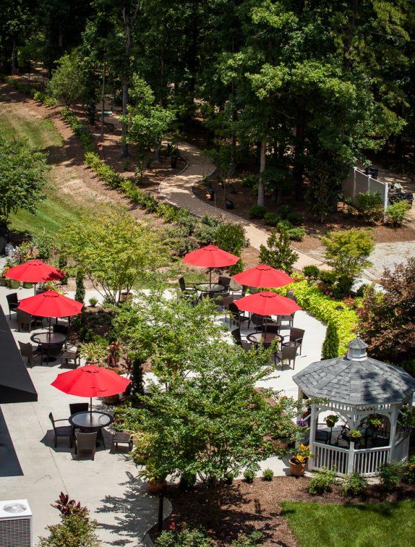 Aerial view of the Preston Pointe patio and umbrella tables