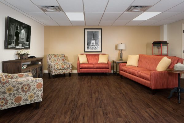 River Highlands com,munity room with sofas and chairs