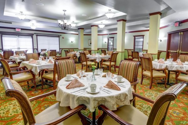 Sun City West community dining room
