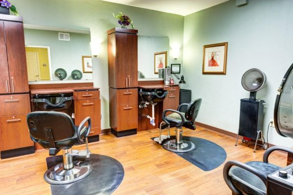 Beauty parlor and barber shop in Sun City West