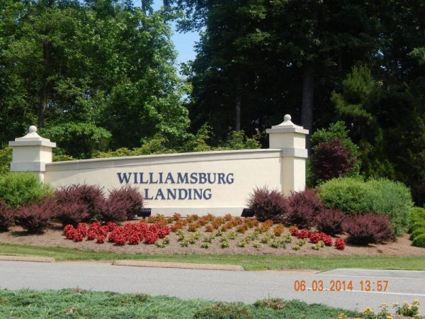 Entrance sign to the community of Williamsburg Landing