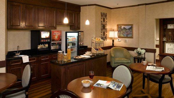 Atria Grapevine cafe and lounge