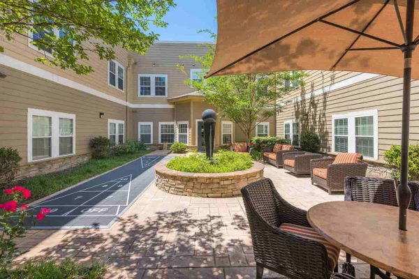 Outdoor lounge and seating for residents of The Village at Southlake