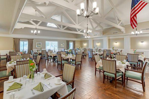 Brookdale Cedar Springs community dining room with exposed rafters
