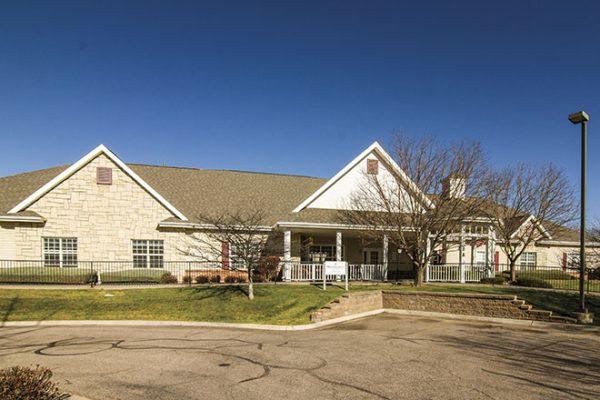 Brookdale Fort Collins building front and entrance