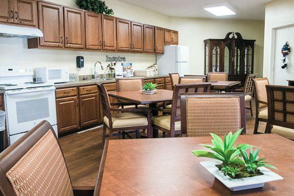 Brookdale Tanglewood Oaks community kitchen