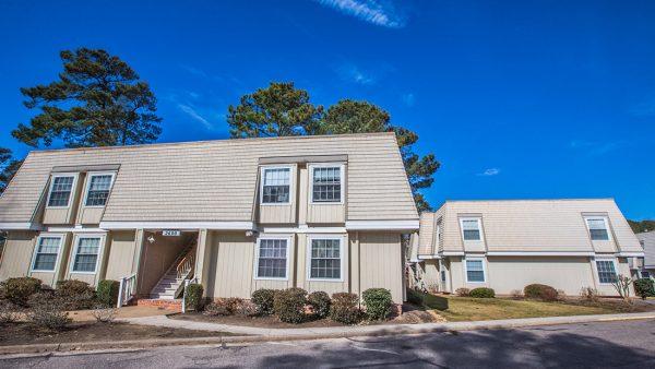 Colony Pines Senior Apartments in Virginia Beach, VA building exterior