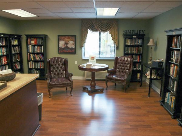 Regency Retirement Village - Huntsville community library