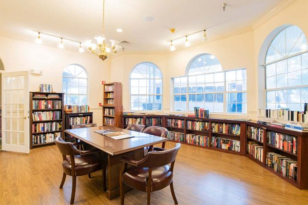 Resident library in Homestead Village of Fairhope