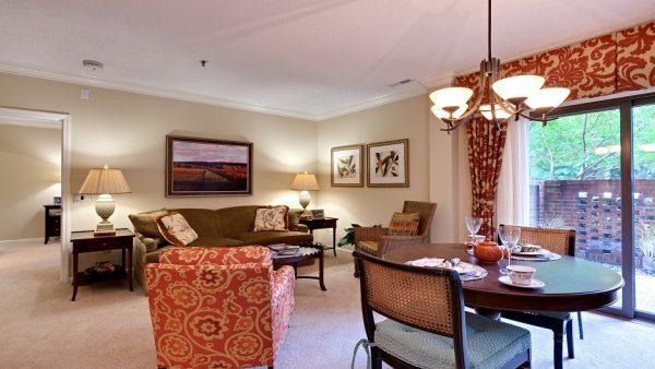 The Oaks at Whitaker Glen community living room
