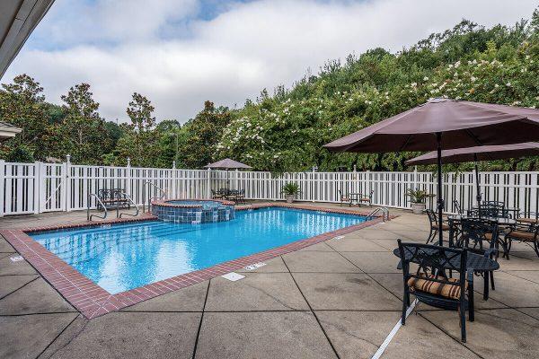 Regency Pointe community pool
