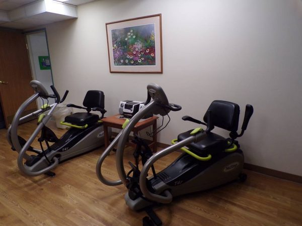 Exercise equipment in the River Oaks of Anoka fitness center