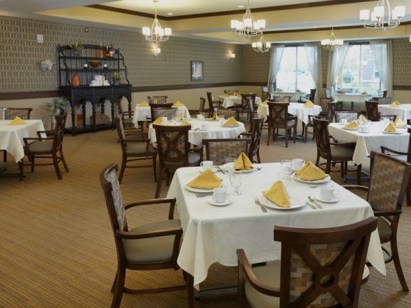 SilverCreek on Main dining room