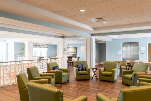 The Arbors of Gulf Breeze community living room