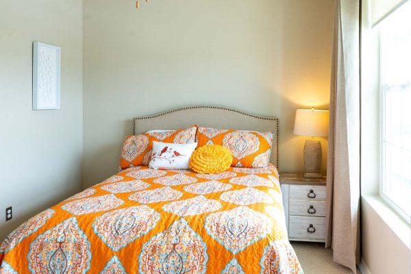 The Arbors of Gulf Breeze model bedroom