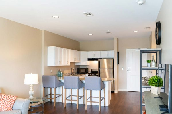 The Arbors of Gulf Breeze model apartment kitchen