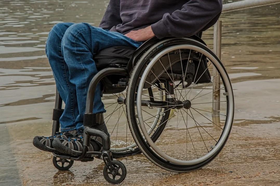 mans torso in a wheelchair